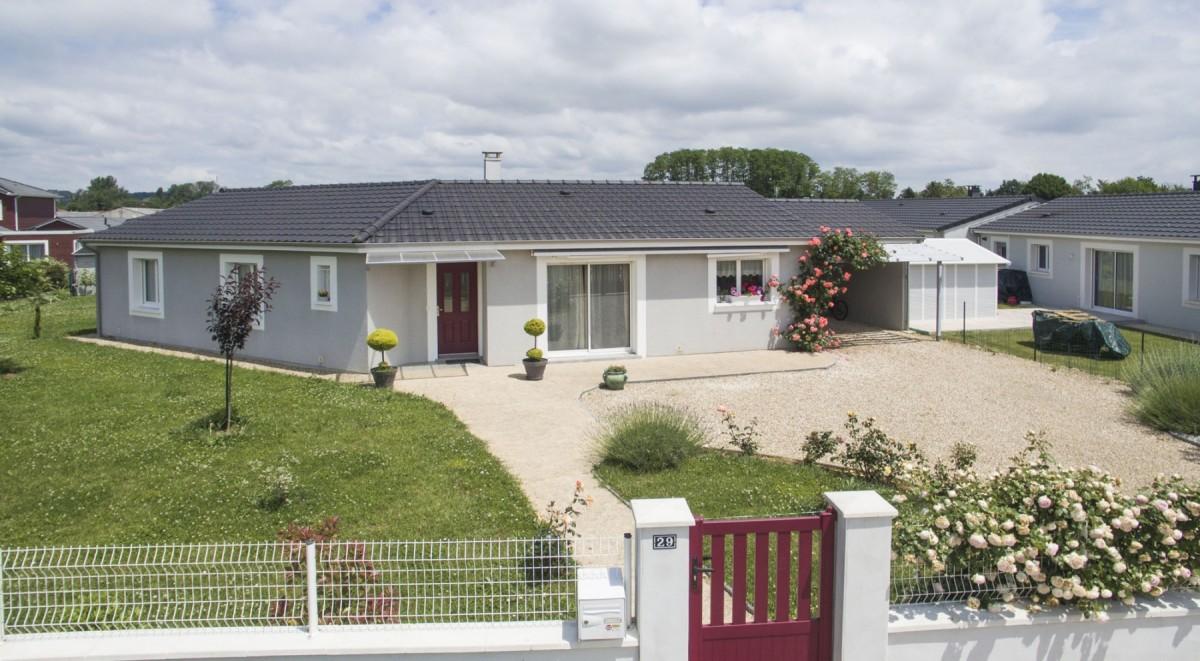 Façade d'une maison de plain-pied à Bergerac