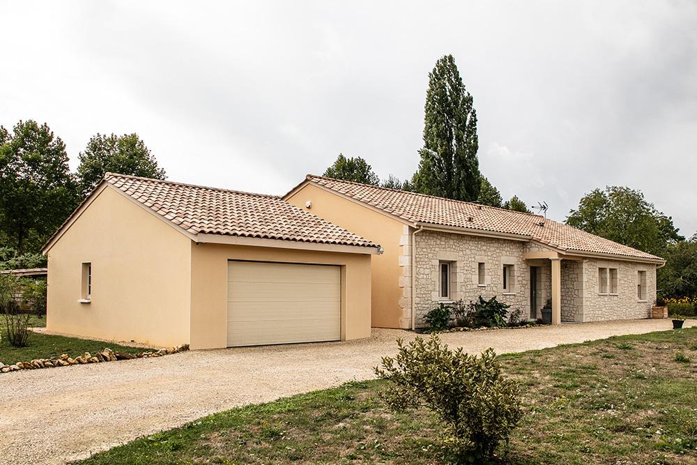 Maison moderne à Lalinde en Dordogne