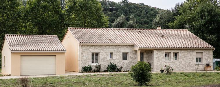 Maison moderne avec garage en Dordogne