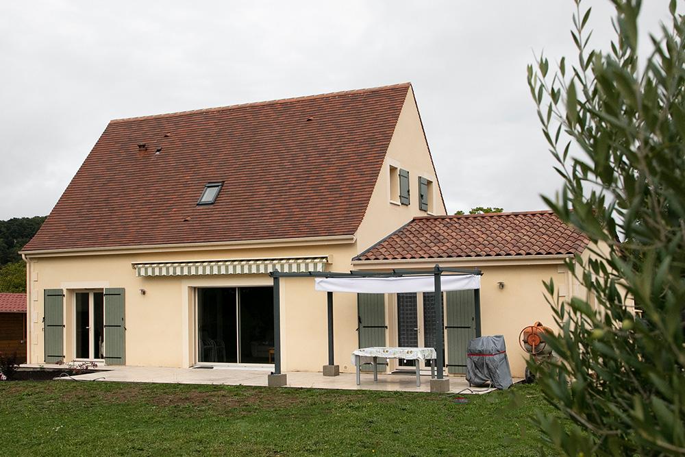 Maison périgourdine à étage en Dordogne